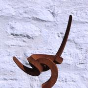 ROOT II, 2014, 30 mm Vierkantstahl gebogen/ geschmiedet,  H/B/T 36 x 26 x 14 cm