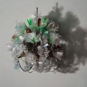 Kronleuchter VII 2016  Plastikflaschen recycelt, Draht  60 x 56 x 56 cm