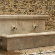 Création d'une fontaine originale à Saint-Pons la Calm (30)