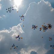 Luftballons im Stadion anl. des 2. deutschen Posaunentages