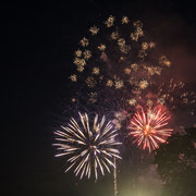 Feuerwerk über der Elbe