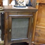 meuble garde manger ancien en châtaignier