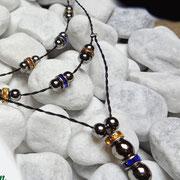 filigrane Halsketten und Colliers