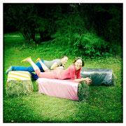 """Sitzwürfel """"Strohwitwe"""" - von Susanne Bell, kleidheit.com"""