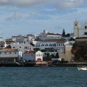 Ferragudo mit seiner Kirche