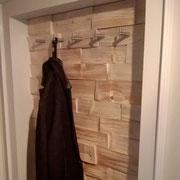 Garderobe original Spaltholz gebürstet, roh