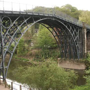 Iron bridge, Coalbrookdale, GB (1779)