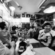 817.260 © 2018 Alessandro Tintori - Supwerbowl LII Rams Milano Mind the gap pub