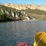 Kayak en el embalse de Sobrón