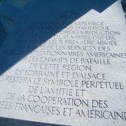 Tafel in französischer Sprache