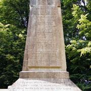 Inschriften gedenken der hier eingesetzten Regimenter