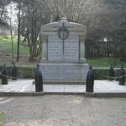 Gedenkstein für die Gefallenen des Dorfes