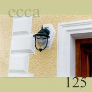 ecca Bild 125: Detail: Türumrandung, Eckquader, Lampeneinfassung