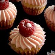 Himbeer mini Cupcake