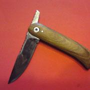 "F3,"" Friktion Folder"", Stahl 1.3505, gesamt: 18cm, Klinge 7,5cm, 3mm stark,Griff: Essigbaumholz"