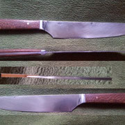 """Nr.17/11, Küchenmesser aus CK 85, gesamt 34,4cm, Klinge 21,2cm lang, 2,28mm stark auf """"0"""" ausgeschliffen,Perlholz mit Kupferpins"""