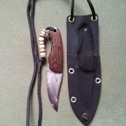 Nr.10/12, Neckknife, Stahl :Carbonstahl (Ck101), Gesamtlänge:12,2cm, Klinge :6,1cm lang und 1,95mm stark, Griff: Wenge,