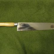 Nr. 1/11, Stahl 440B, Gesamtlänge 32,5 cm, Klinge 21cm, Klingenstärke 2,8mm-0,1mm, Griff: VA und Apfelholz