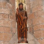 Escultura de Santiago Apóstol en la Capilla de Santiago (S. XIII) en Roncesvalles  /Orreaga (Navarra)