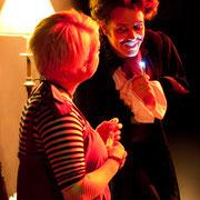 Josianne Lavoie, Dillon Orr - Monstres sans soucis - Théâtre de Dehors - Photo Théâtre Marianne Duval