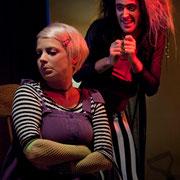 Josianne Lavoie, Marc-André Tessier - Monstres sans soucis - Théâtre de Dehors - Photo Théâtre Marianne Duval