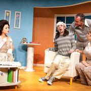 Virginie Houët, Marc-André Tessier, André St-Onge, Josianne Lavoie - Oscar - Théâtre de l'Île - 2013 - Photo Marianne Duval