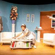 André St-Onge, Manon Lafrenière, Patrick Potvin - Oscar - Théâtre de l'Île - 2013 - Photo Marianne Duval