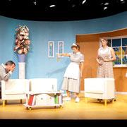 André St-Onge, Manon Lafrenière, Josianne Lavoie, Virginie Houët - Oscar - Théâtre de l'Île - 2013 - Photo Marianne Duval