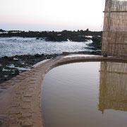 不老不死温泉,海の側の露天風呂