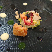 Homard bleu en rosace /purée d'oignons/ parmesan / Pata negra