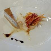 Demi lingot de cèpes & foie gras, salade de légumes racines