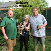 Carli wird jetzt im Burgenland gemeinsam mit einer älteren Parson-Hündin Raubwild, Sauen & Rotwild ärgern :-)