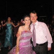 Belediye Başkanımızın kızı İlknur ALTAY, Kurhalların Yahya oğlu Adnan AGÇAKAN ile evlendi. 10/08/2009