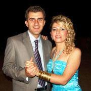 Kasabamız halkından Köstenlerin Hamza kızı Gülseren BAYDOĞAN, Aydın ilinden Yurdal oğlu Osman AVCIOĞLU ile evlendi. 19/08/2009