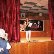 Güneyköy İlköğretim Okulu tarafından hazırlanan 2010-2011 eğitim ve öğretim yılının sona ermesi sebebiyle, okul gecesi eğlencesi yapıldı. 15/06/2011 (Kaynak: Belediye Sitesi)