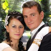 Kasabamız halkından Hacıbeylerin Halil oğlu Serkan BARKAHAN, Horuz köyünden merhum Ramazan kızı Hatice DENİZ ile evlendi. 02/08/2011