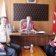 Belediye Başkanımzın kızı İlknur ALTAY, Kurhalların Yahya oğlu Adnan AGÇAKAN ın nikahı Belediye Başkanı Cemal ALTAY tarafından kıyıldı. 07/08/2009