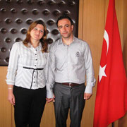 Kasabamız halkından Sabitlerin Ömer kızı Aysun ATALAY, İzmirli Abdullah oğlu Yemliha DEMİR ile nikahlandı. Genç çiftlere ömür boyu mutluluklar dilerim. 18/09/2009