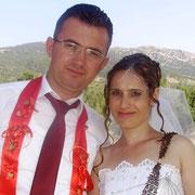 Kasabamız halkından Körosmanların Servet oğlu Serkan ŞAHAL, Denizli ilinden Ömer kızı Nazan ERGİN ile evlendi. Genç çiftlere ömür boyu mutluluklar dilerim.  19/07/2011