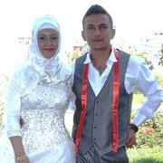 Kasabamız halkından Nazıf oğlu Soner ZENGİN, Denizli den Hayrullah kızı Havane YILDIRIM ile evlendi. 19/09/2011