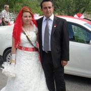 Kasabamız halkından Bitlilerin Metin oğlu Orbay TURAN, Akbekirlerin (Semer ustası) merhum Adil kızı Durkadın PAŞA ile evlendi. 27/07/2010