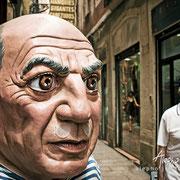 "¿Te conozco? (2) Cabezudo de la tienda costumbrista ""El Ingenio"" Serie BCN Moments"
