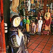 ¡Que Dios y todos los santos me lo acompañen, mijo! Cumaná, Venezuela