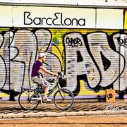 Barcelona sobre dos ruedas. Serie BCN Colors