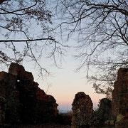 Abendstimmung an der Burgruine Leienfels | © Bernhard Thum, Bild-ID TR-XX-20XX-002