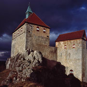 Burg Hohenstein vor dem Sturm | © Bernhard Thum, ID-Nummer HE-12-2006-001