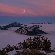 Panorama with full moon over Benediktenwand group, | © Bernhard Thum, ID-Nummer GH-04-2015-001