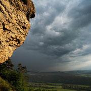 Staffelfels vor dem Gewitter | © Bernhard Thum, ID-Nummer BA-XX-20XX-003