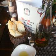 Dipp mit Olivenöl