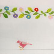 ピンクの鳥もいます